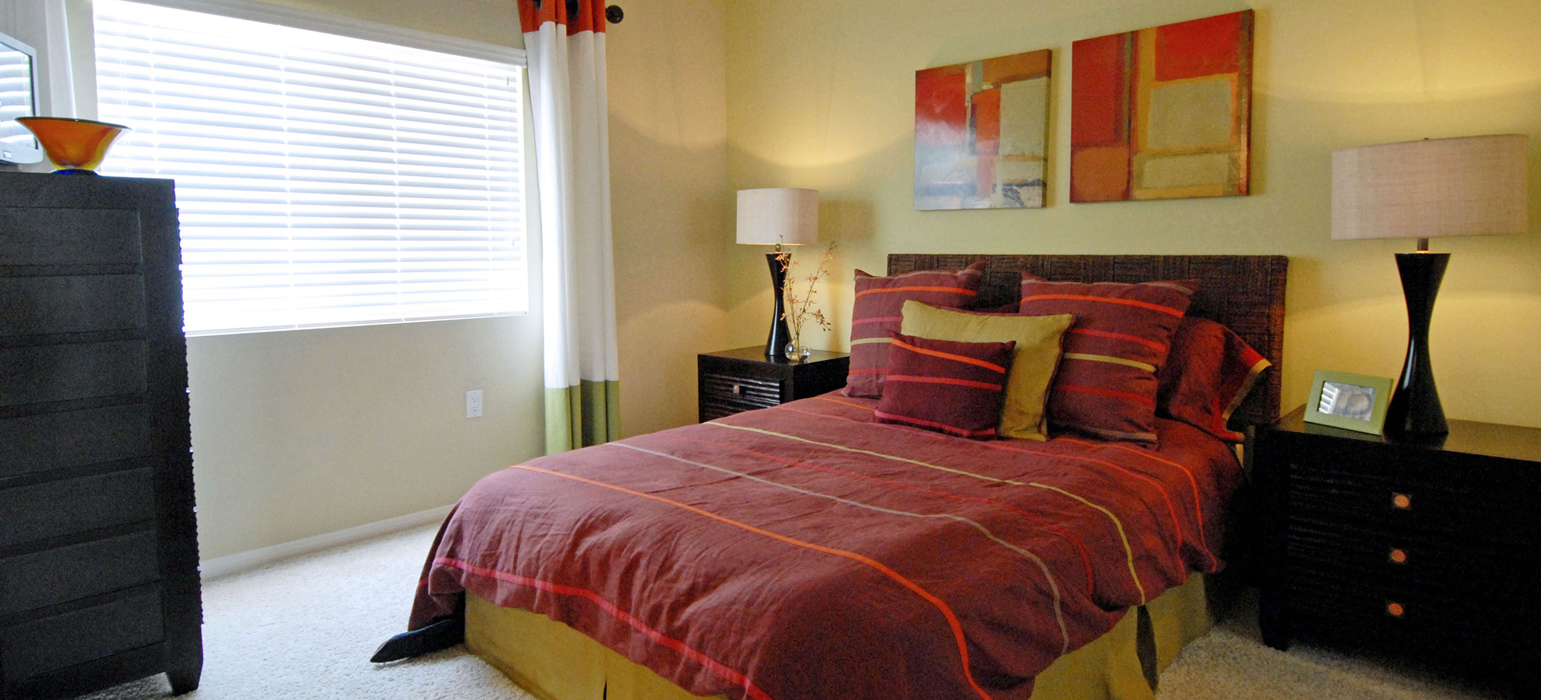 northridge chat rooms Living in northridge sjdm redefines suburban living where nature  northridge grove,  provision for 2 bedrooms extension to family room all the houses are.